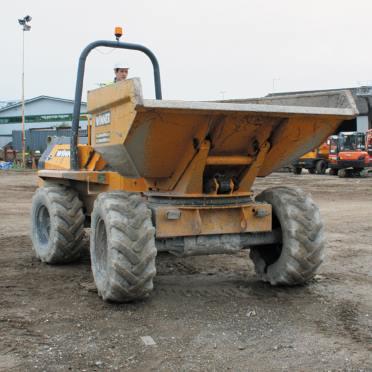 Dumper truck hire Derby, Burton and Nottingham - driver operating a dumper truck